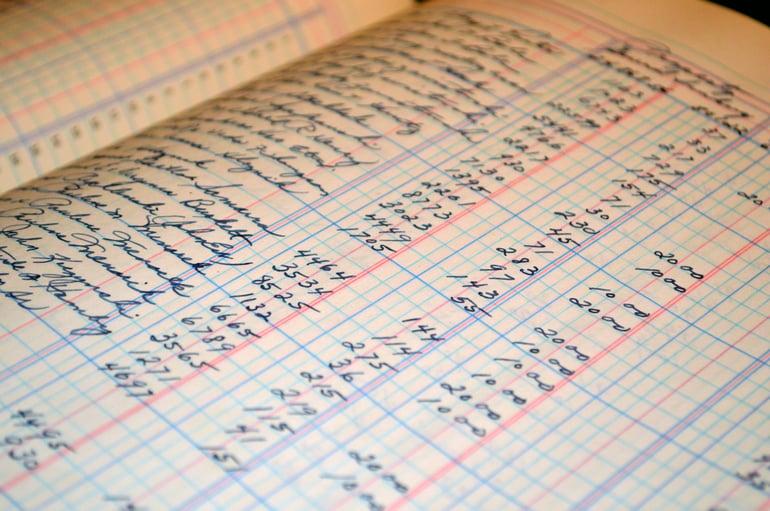 UEM statistics help leverage users' information